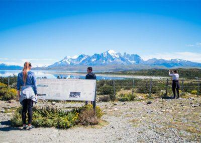 Full Day Torres del Paine y Cueva del Milodon